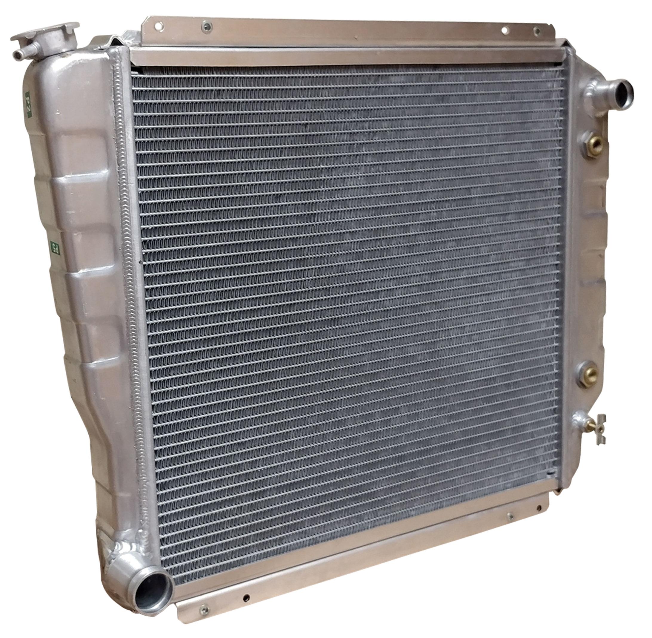 3-Core Aluminum Radiator, Reverse Outlets for Newer EFI Motors