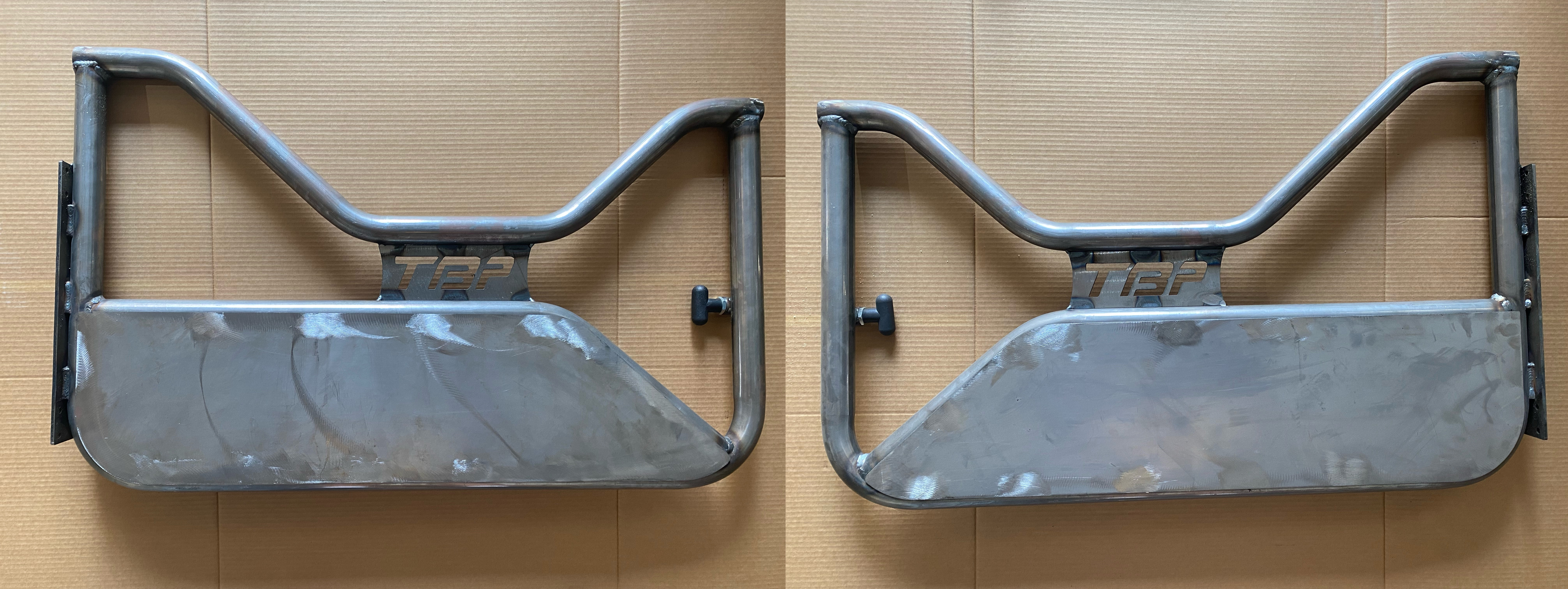 Image for product trail-doors-w-speaker-mounts-stainless-steel-quick-release-hinge-kit
